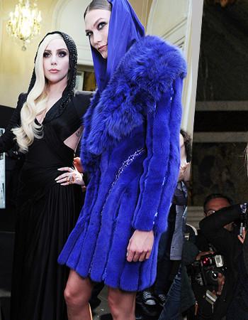 В Париже Atelier Versace: неделя высокой моды.  Показ мод весна 2021, Лето 2021.