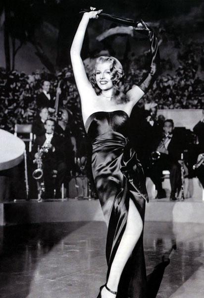 черное платье Рита Хейворт