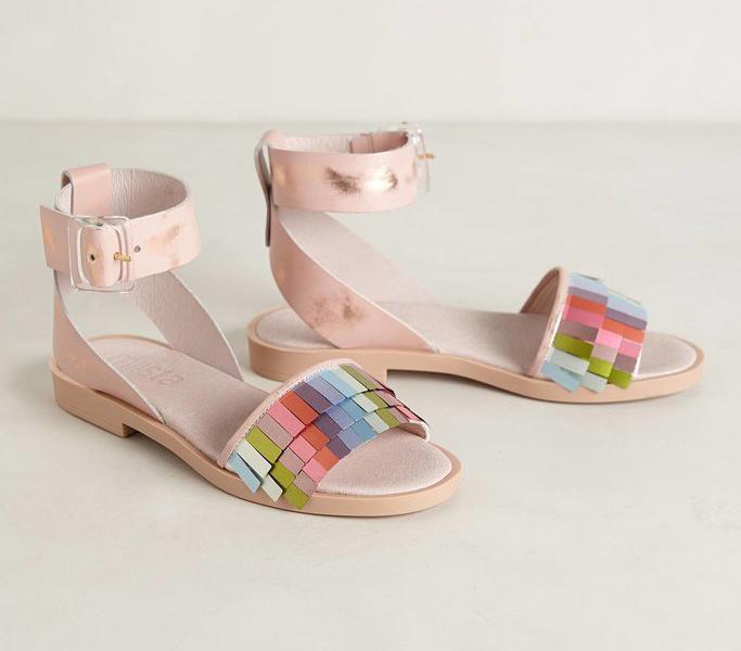 летние сандали для женщин