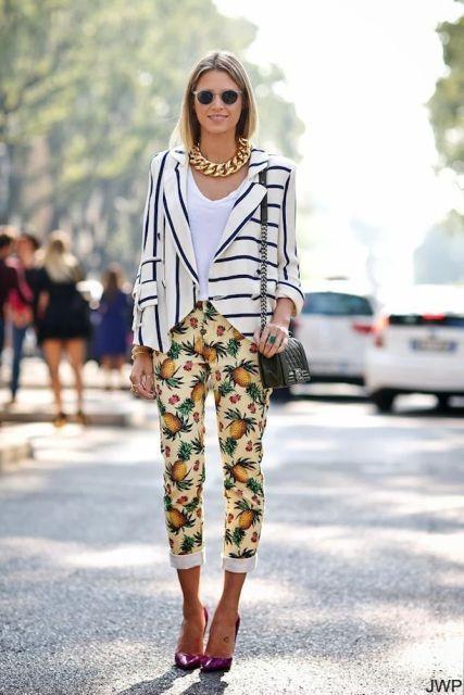 брюки с цветочными принтом