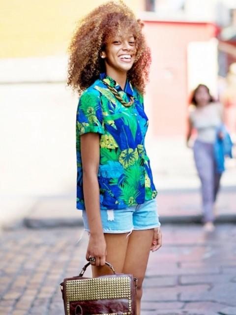 блузка с цветочными принтом