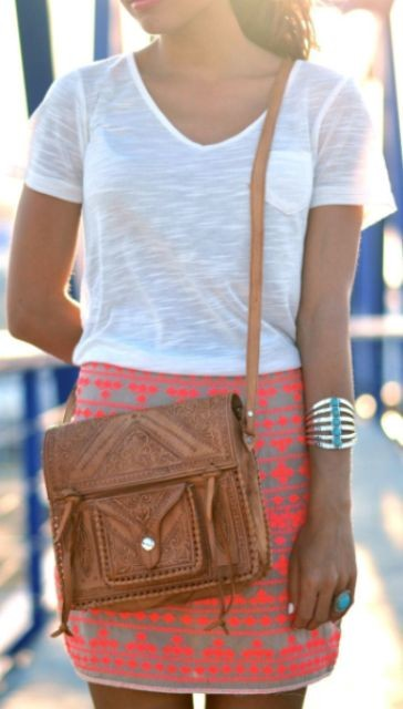 коричневая кожаная сумочка через плечо
