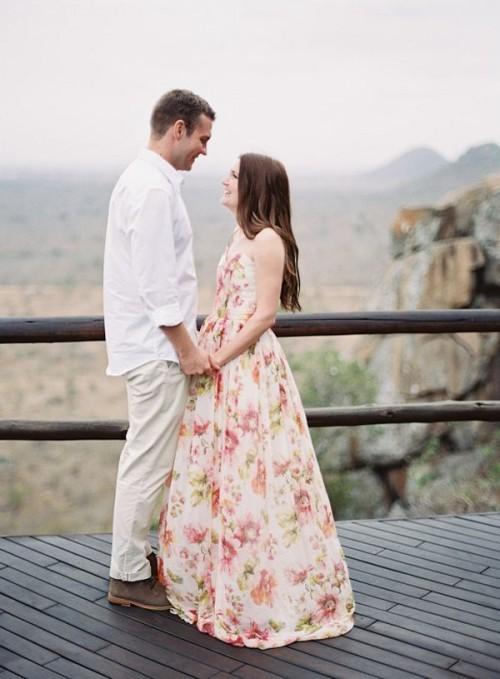 розовое свадебное платье с цветами