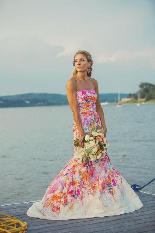 свадебное белое платье в цветах