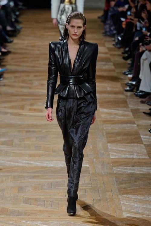 коллекция Balmain: черный цвет в одежде  фото 2