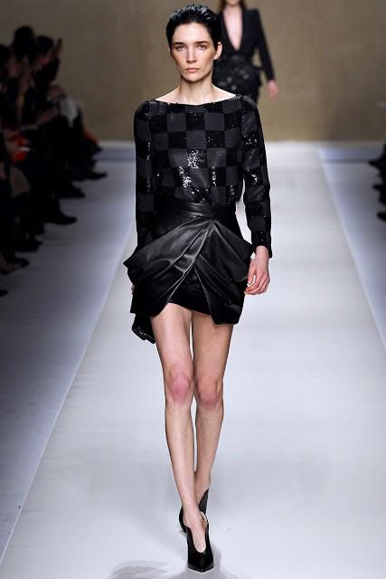 черный цвет в одежде: коллекция Blumarine фото 5