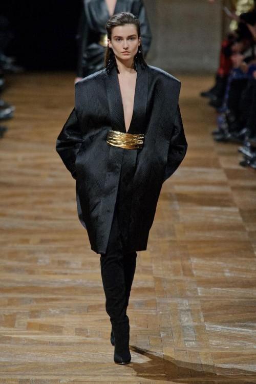 коллекция Balmain: черный цвет в одежде  фото 5