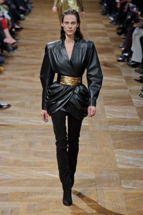 коллекция Balmain: черный цвет в одежде  фото 3