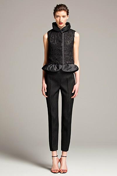 черный цвет в одежде: коллекция Carolina Herrera фото 6