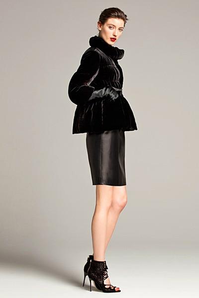 черный цвет в одежде: коллекция Carolina Herrera фото 3