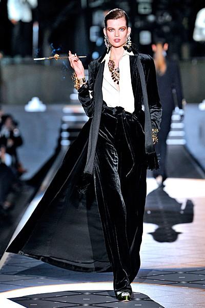 черный цвет в одежде: коллекция Dsquared2 фото 2