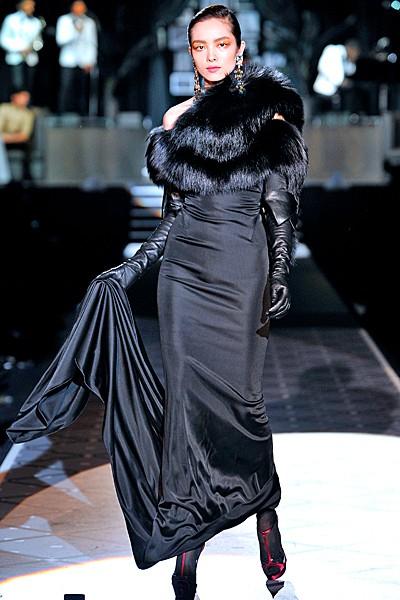 черный цвет в одежде: коллекция Dsquared2