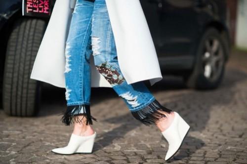 джинсы в этническом стиле