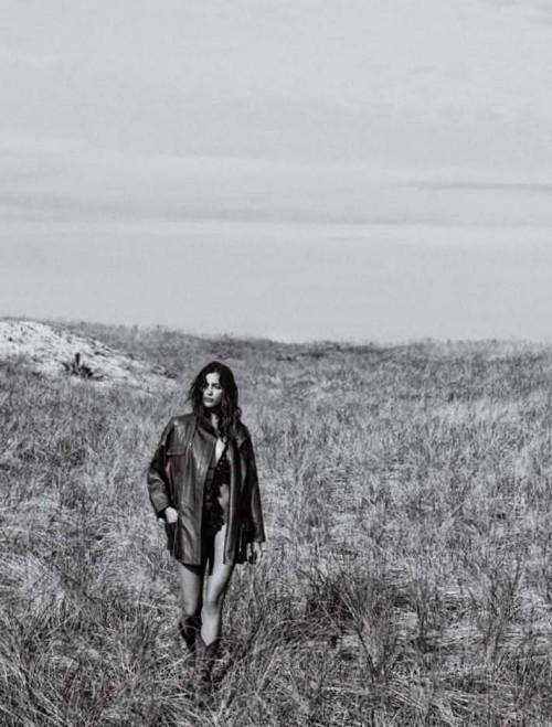 Ирина Шейк фото 6 Vogue 2017