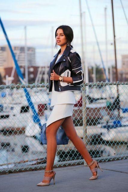 черно-белая кожаная куртка с короткой юбкой
