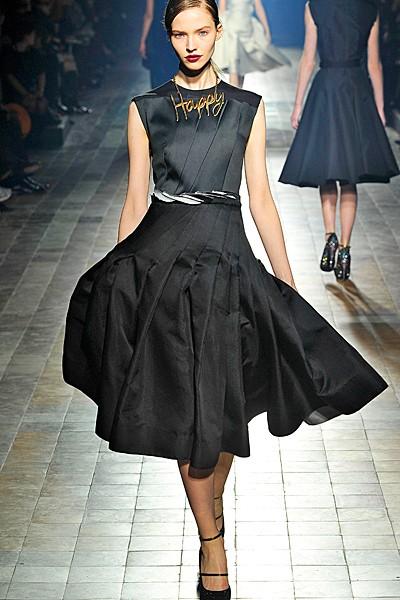 черный цвет в одежде: коллекция Lanvin фото 1