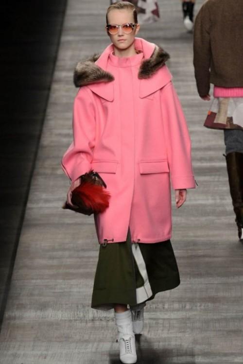 Fendi одежда осень зима 2017-2018 фото 16