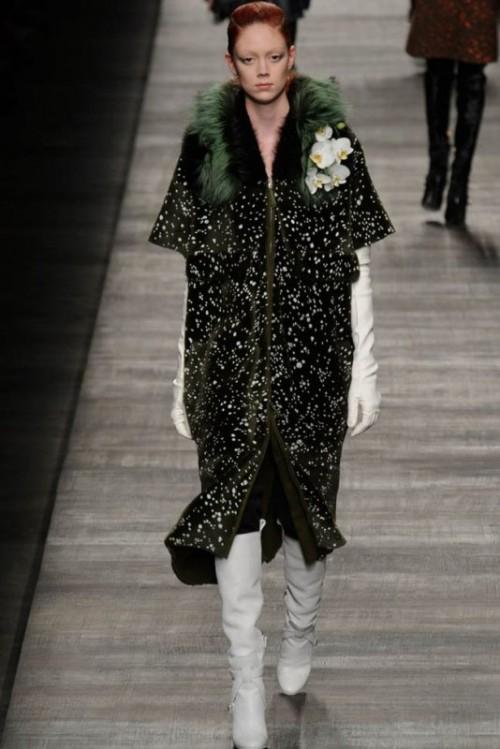 Fendi одежда осень зима 2017-2018 фото 2