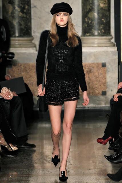 черный цвет в одежде Roberto Cavalli фото 3