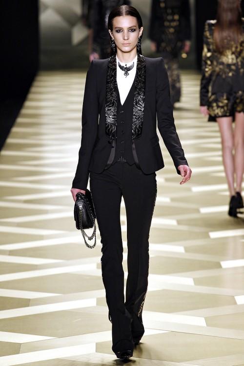 черный офисный костюм Roberto Cavalli