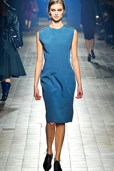 сочетание синего цвета в одежде Lanvin