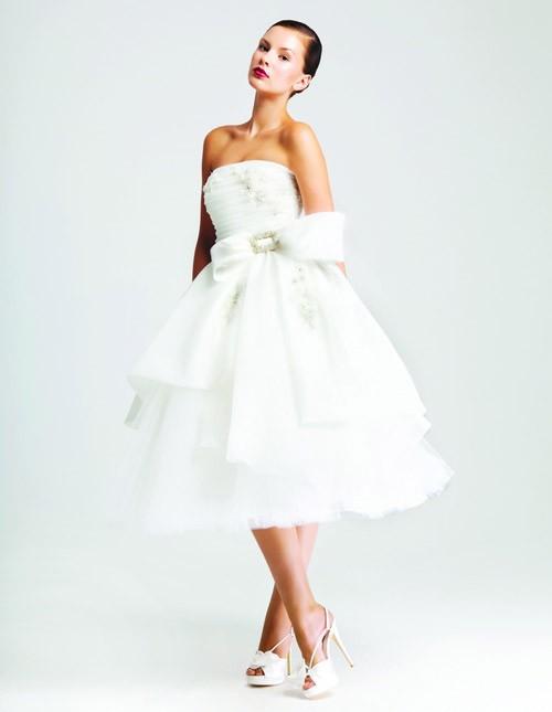 короткое свадебное платье: коллекция 2018 фото 16