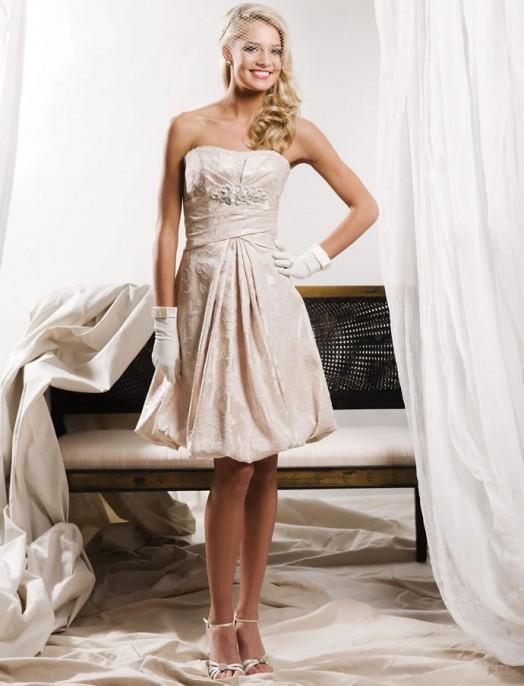 кружевное короткое свадебное платье: коллекция 2018 фото 23