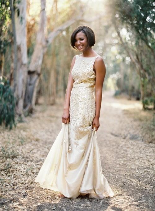 золотое свадебное платье в мелкий цветочек