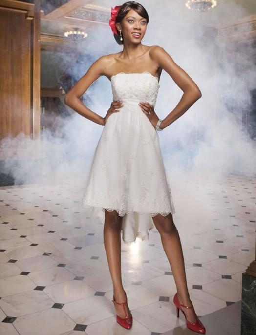 кружевное короткое свадебное платье: коллекция 2018 фото 35