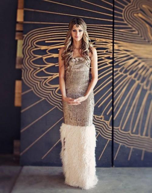прямое золотое свадебное платье