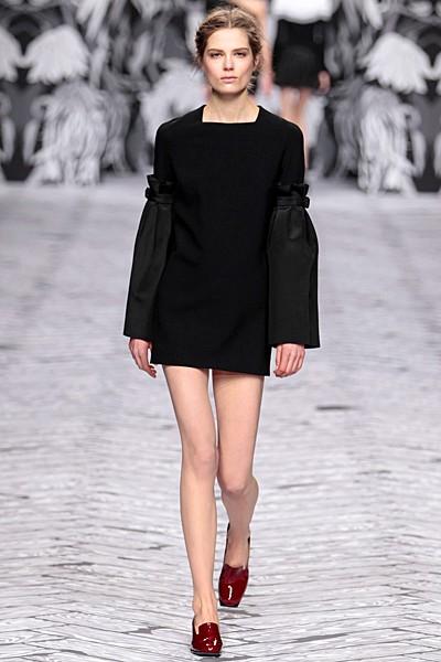 черный цвет в одежде коллекция Victor&Rolf фото 14