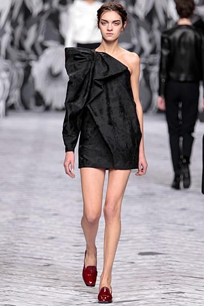 черный цвет в одежде коллекция Victor&Rolf фото 13