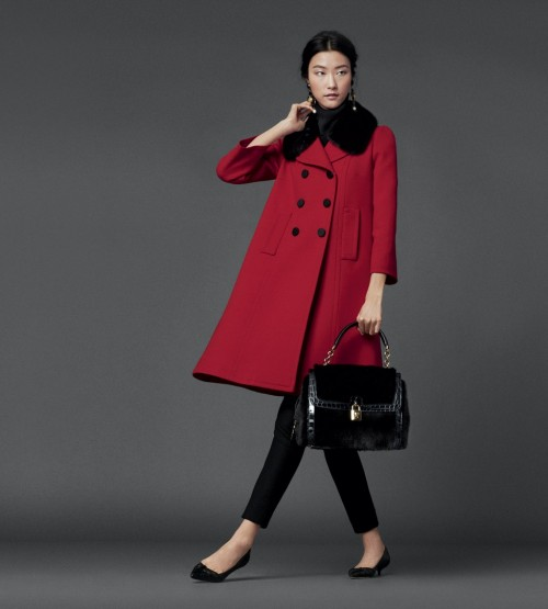 красное пальто Dolce&Gabbana