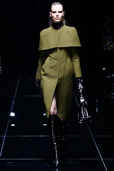 пальто цвета хакки Gucci