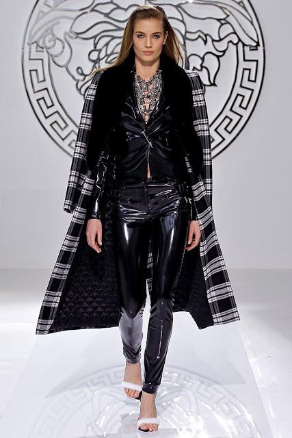 пальто Versace фото 1