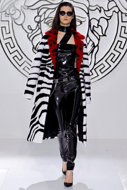 пальто Versace фото 3