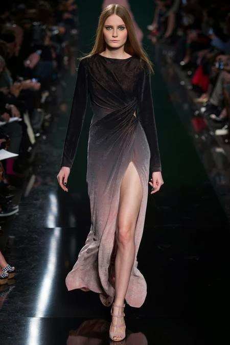 длинное серое бархатное платье