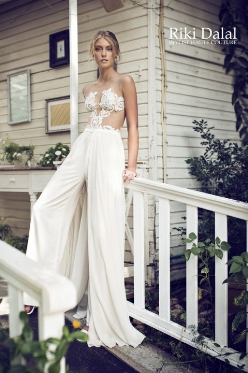 кружевное свадебное платье Riki Dalal фото 3