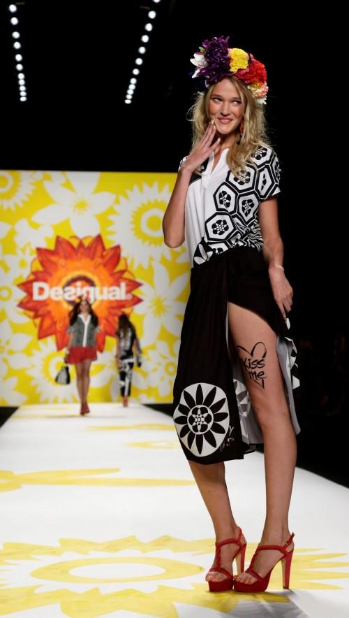 мода лето 2018 - коллекция Desigual фото 14