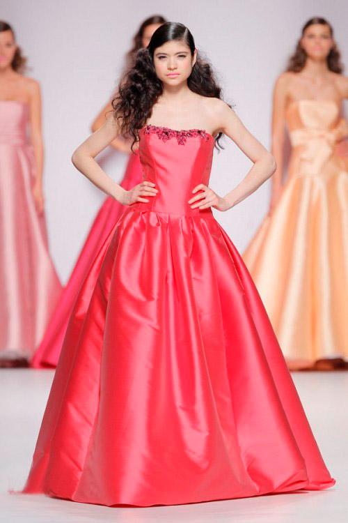 red cymbeline wedding dress