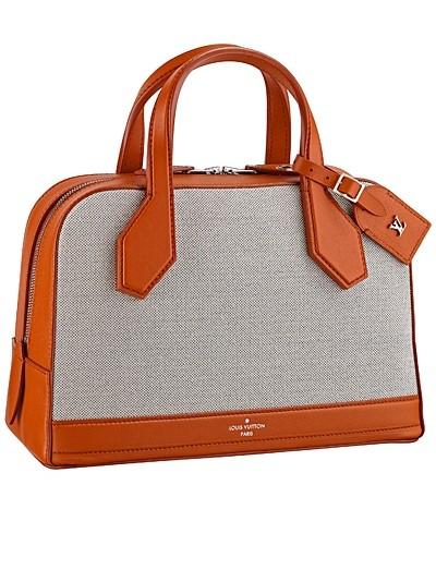 серая с коричневыми вставками сумка  от Louis Vuitton