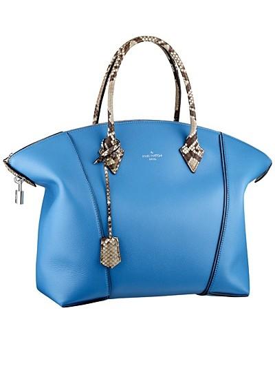 голубая сумка  от Louis Vuitton
