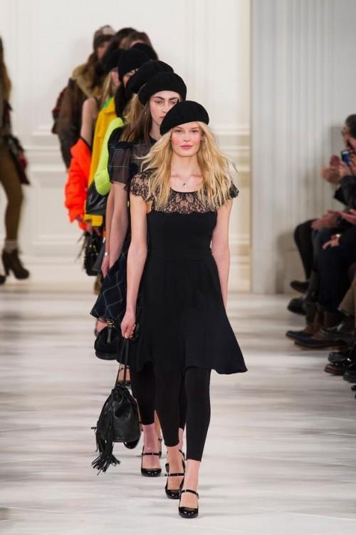 черное короткое платье: ретро стиль в одежде