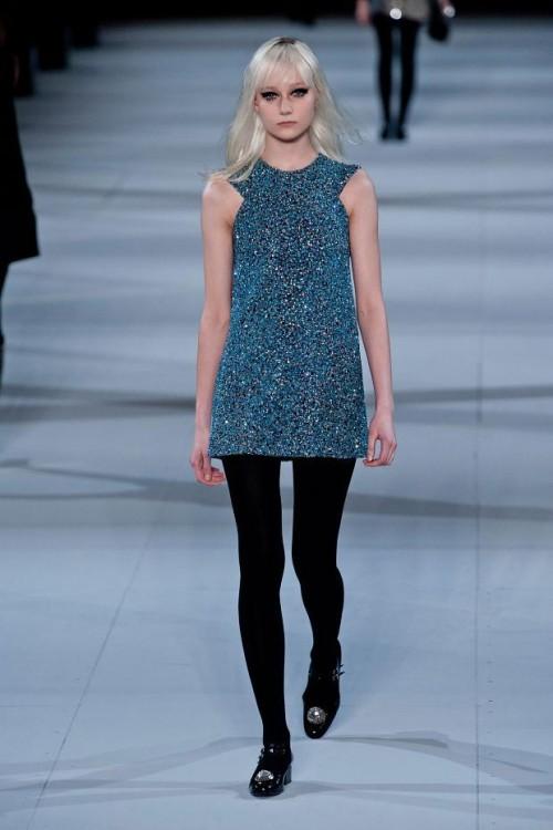 серая туника: стиль 60-х в одежде