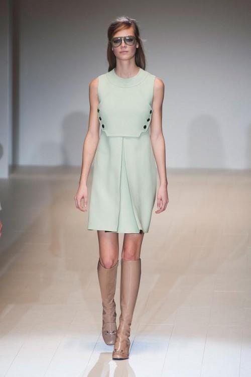 пастельное платье: ретро-стиль в одежде