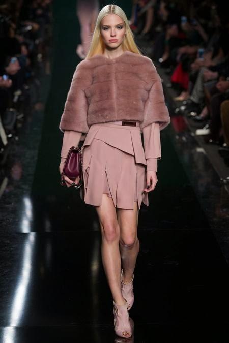 коротенькая модная шуба 2017