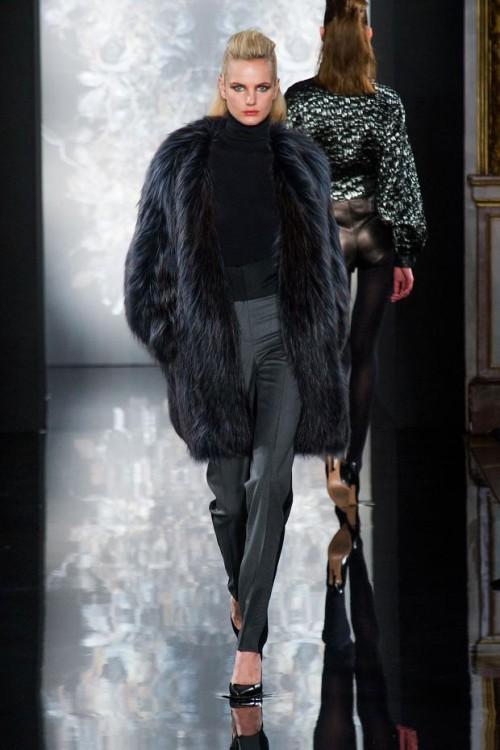 черная модная шуба 2017