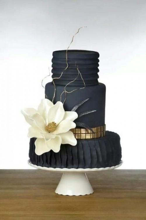 свадебный торт на подставке фото 1