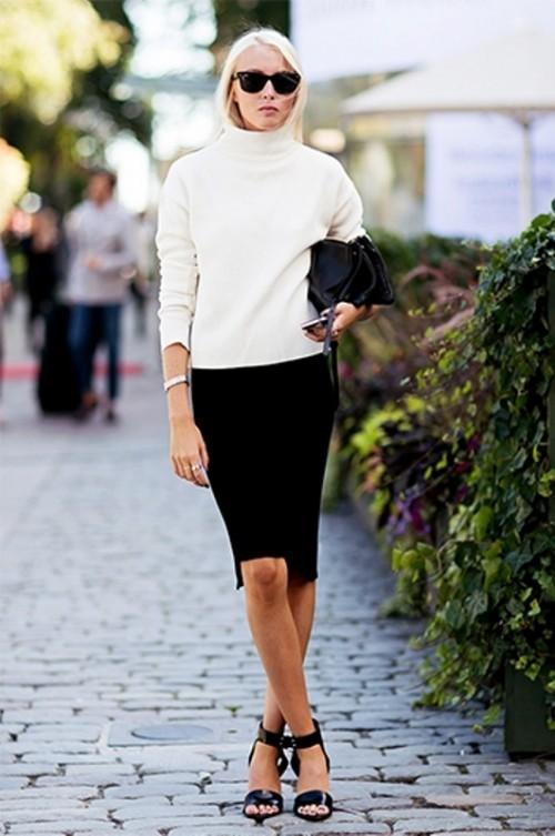 белая водолазка и черная юбка для офиса