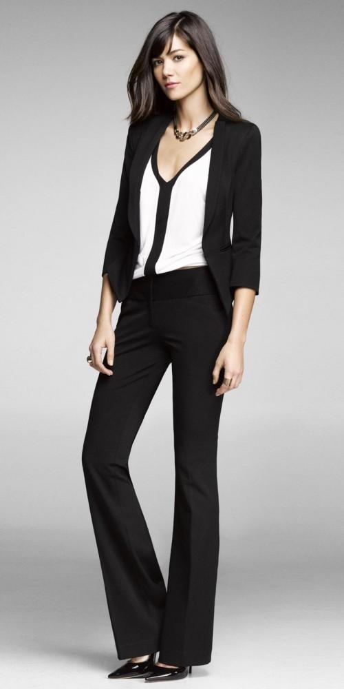 черно-белый брючный костюм для офиса